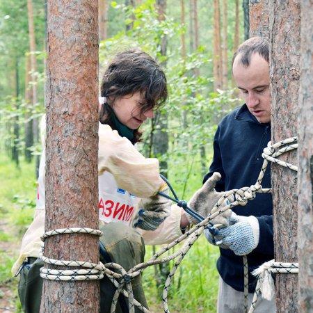 Елена и Сергей Пешковы на этапе «Змейка».
