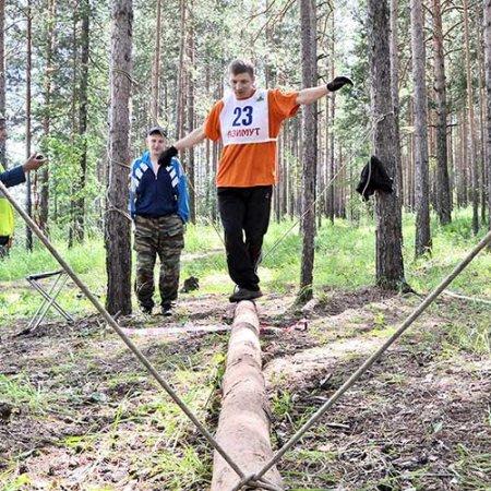 Денис Малышев (слева) и Андрей Лезин.