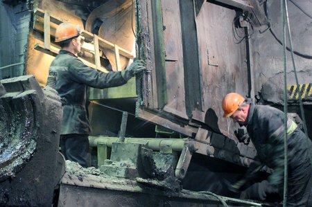 Ведутся ремонтные работы в корпусе крупного дробления УД-1.