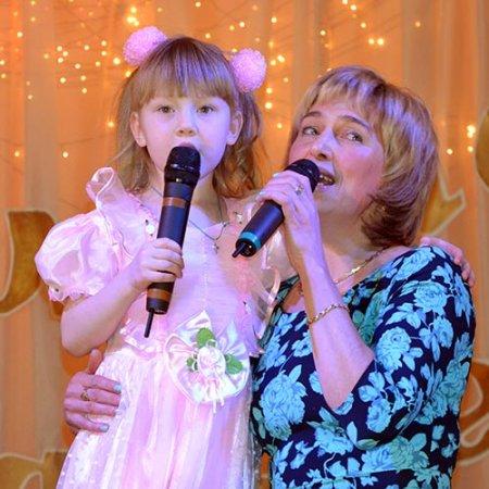 Ольга Декунова с дочерью Дианой.