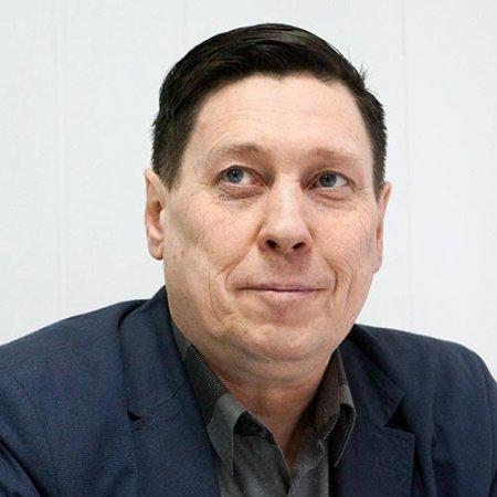 Олег Пономарев.