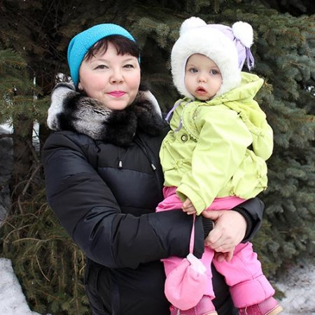 Татьяна Еременко с внучкой Владой.