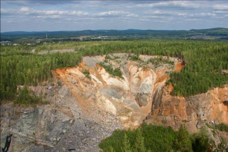 Естюнинский карьер: есть первые тонны
