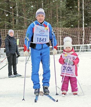 На «Лыжню России» пришел вместе с правнучкой