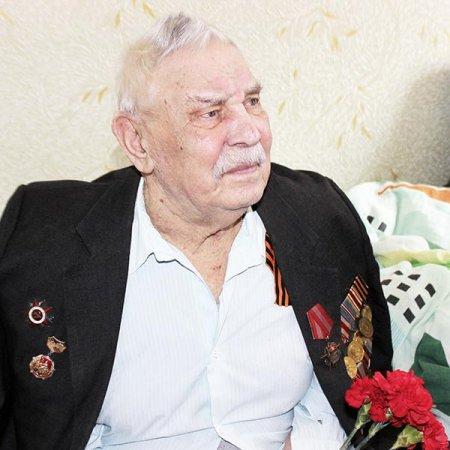 Василий Семенов.