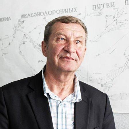 Александр Масленников.
