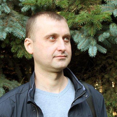 Александр Кузнецов.