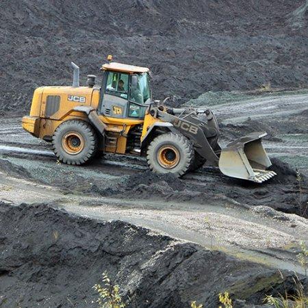Строительство дороги в шламонакопительных емкостях ЛАЦа.