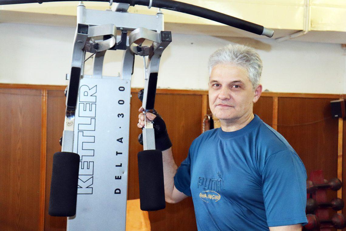 Михаил Волков.